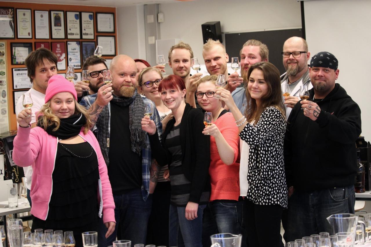 suomalaisten viski-DNA?